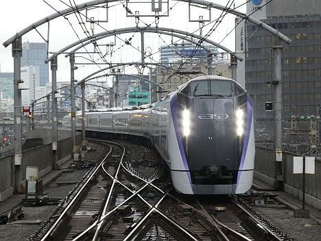中央本線 特急 はちおうじ1 新宿・東京行き E353系