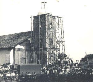 reconstrucción iglesia la paz centro