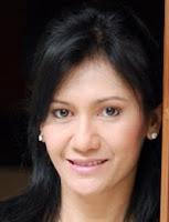 Christine Panjaitan - DIRONDANG NI BULAN