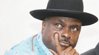 Ex Governor Ibori Weeps At Alamieyeseigha's Graveside