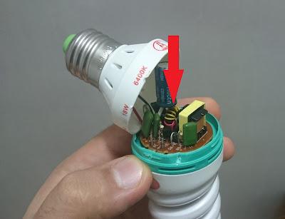 1.5v LED flashlight circuit