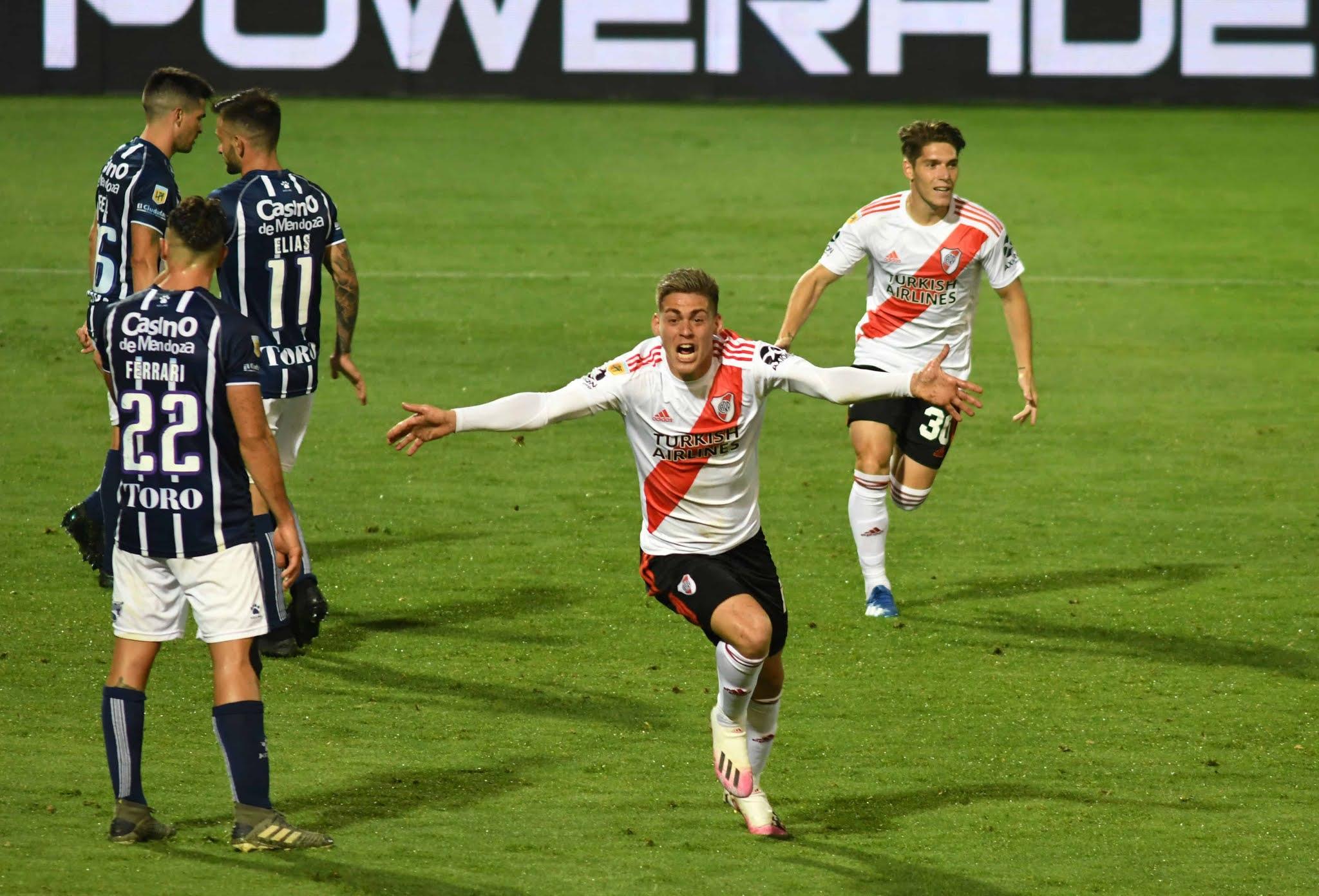 Godoy Cruz River Plate