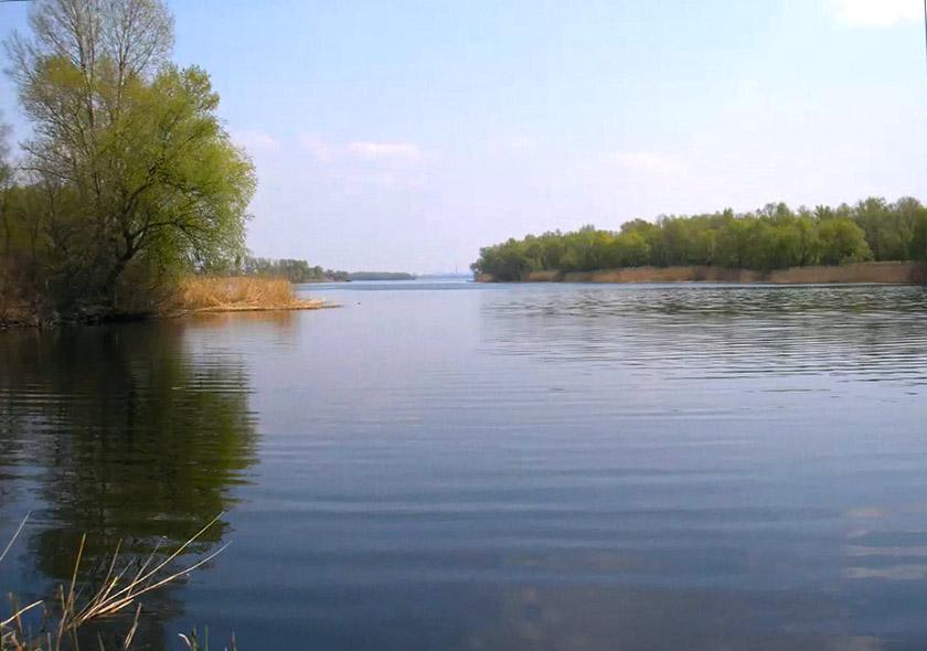 Славнозвісна річка Уж (наші дні). Фото Інни Буряк