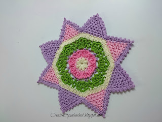 Colorful little crochet doilies, pattern by Patricia Kristoffersen