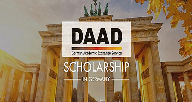 زمالة DLR-DAAD المقدمة من الهيئة الألمانية للتبادل الثقافي ومركز الفضاء الألماني لإتمام ابحاث الدكتوراه  في إندونيسيا