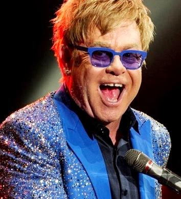 Foto de Elton John en una presentación