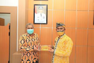 Menerima Kunjungan Kepala BPS Kota Tarakan
