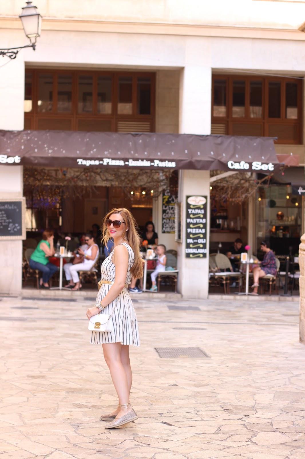 Blogger aus Frankfurt - Frankfurt Fashion Blogger - Fashionblogger aus Frankfurt - Deutsche Blogger .- Deutsche Fashionblogger - Fashionstylebyjohanna- Streifenkleid C&A - C&A Kleid
