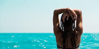 ಮೈ ತೋರಿಸುವ ಹುಡುಗಿಯರಿಗೆ ಒಂದು ಕಿವಿ ಮಾತು - Small Advice to Body Showing Girls