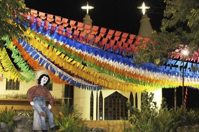 Rui Costa anuncia suspensão de transporte intermunicipal e proibição de festas no São João