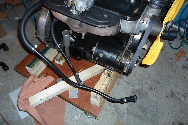 tubulure raccordée sur moteur