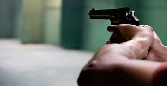polisi salah tembak korbannya anak sendiri