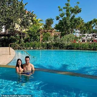 Roberto Bautista Agut With His Wife Ana Bodi Tortosa In The Bahamas In