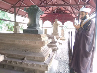 Aqidah Syiah: Siapa yang Berziarah ke Makam Imam Musa Kazhim akan Mendapatkan Surga