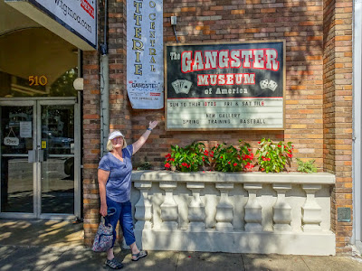 Eastward, Ho! Day 17: The Gangster Museum and The Hot Springs National Park