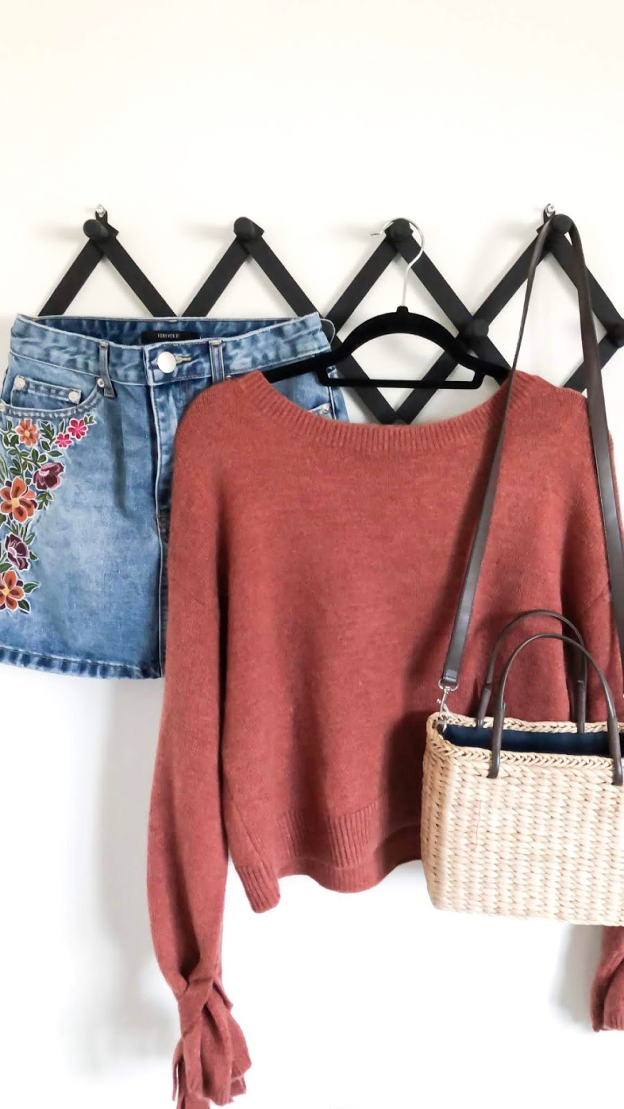 Floral-Embroidered-Denim-Skirt