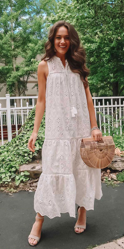 Searching for lightweight outfits to help you cooling off this summer? See 27 Must-have Everyday Summer Styles To Beat The Summer Heat. Summer Fashion via higiggle.com | boho gown dress | #summeroutfits #cool #boho #dress