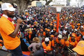 Mombasa Governor addressing people at Mkunguni square in Lamu. PHOTO | Courtesy