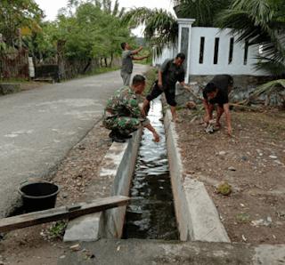 bersihkan saluran air yang ada di rumahmu www.simplenews.me