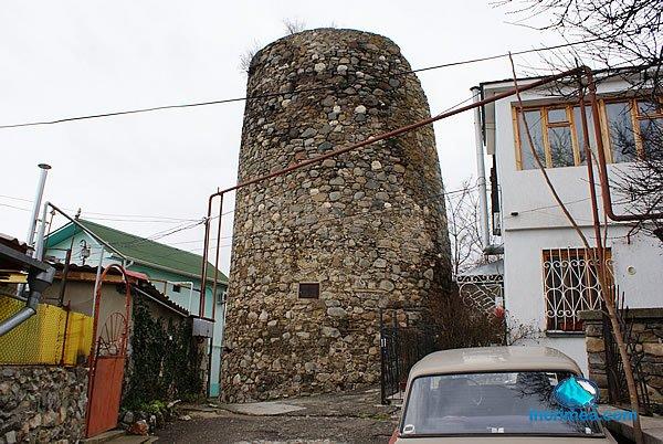 Башня Алустон