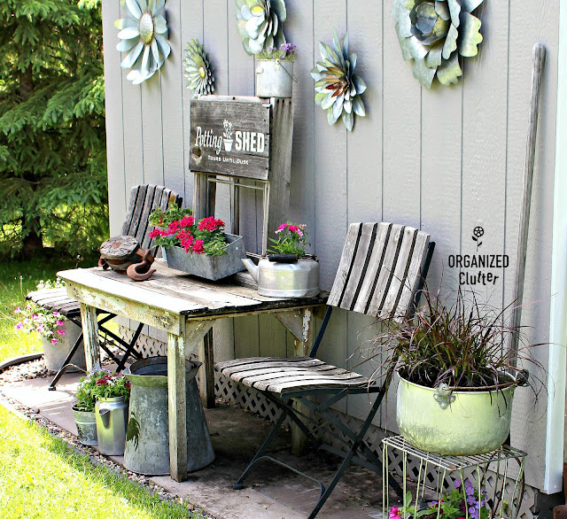 More Garden Junk Stencils #oldsignstencils #stencil #junkgarden #gardenjunk #galvanized #flowergarden #containergarden #signs #rusticgarden