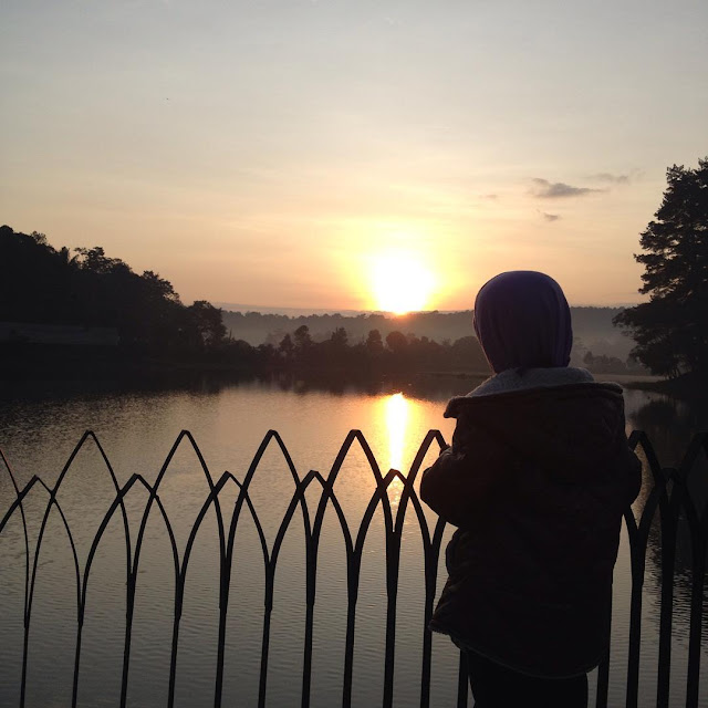 foto sunset di situ wanayasa