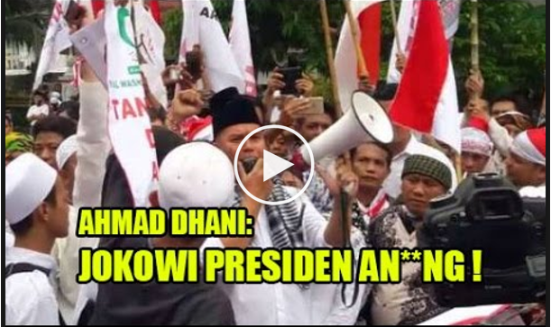 Video Orasi 4 November Ahmad Dhani yang Menghina Presiden. Sekarang Dia Resmi Dilaporkan ke Polisi.. Berikut VIdeo Orasinya