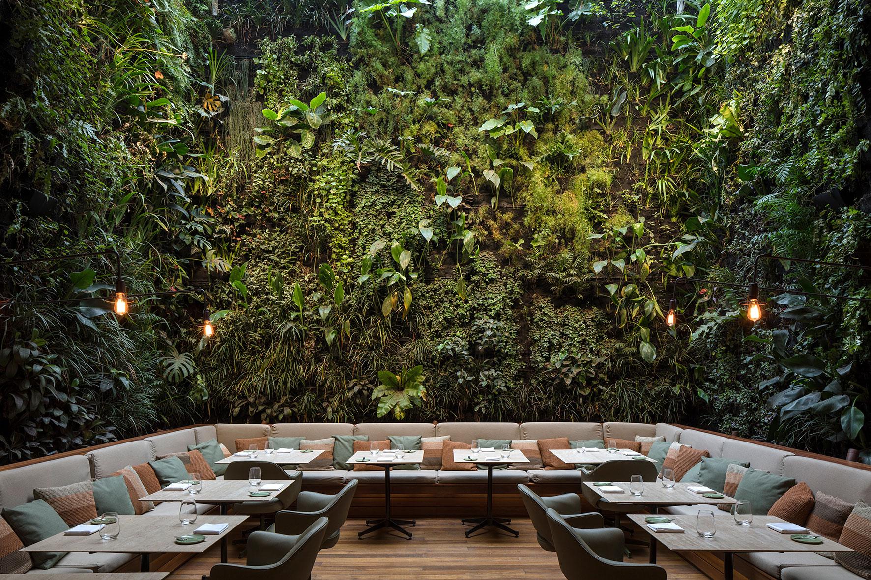 Hotel Emiliano Restaurant