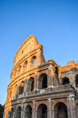 WORLD FASHION CAPITAL  — ROME