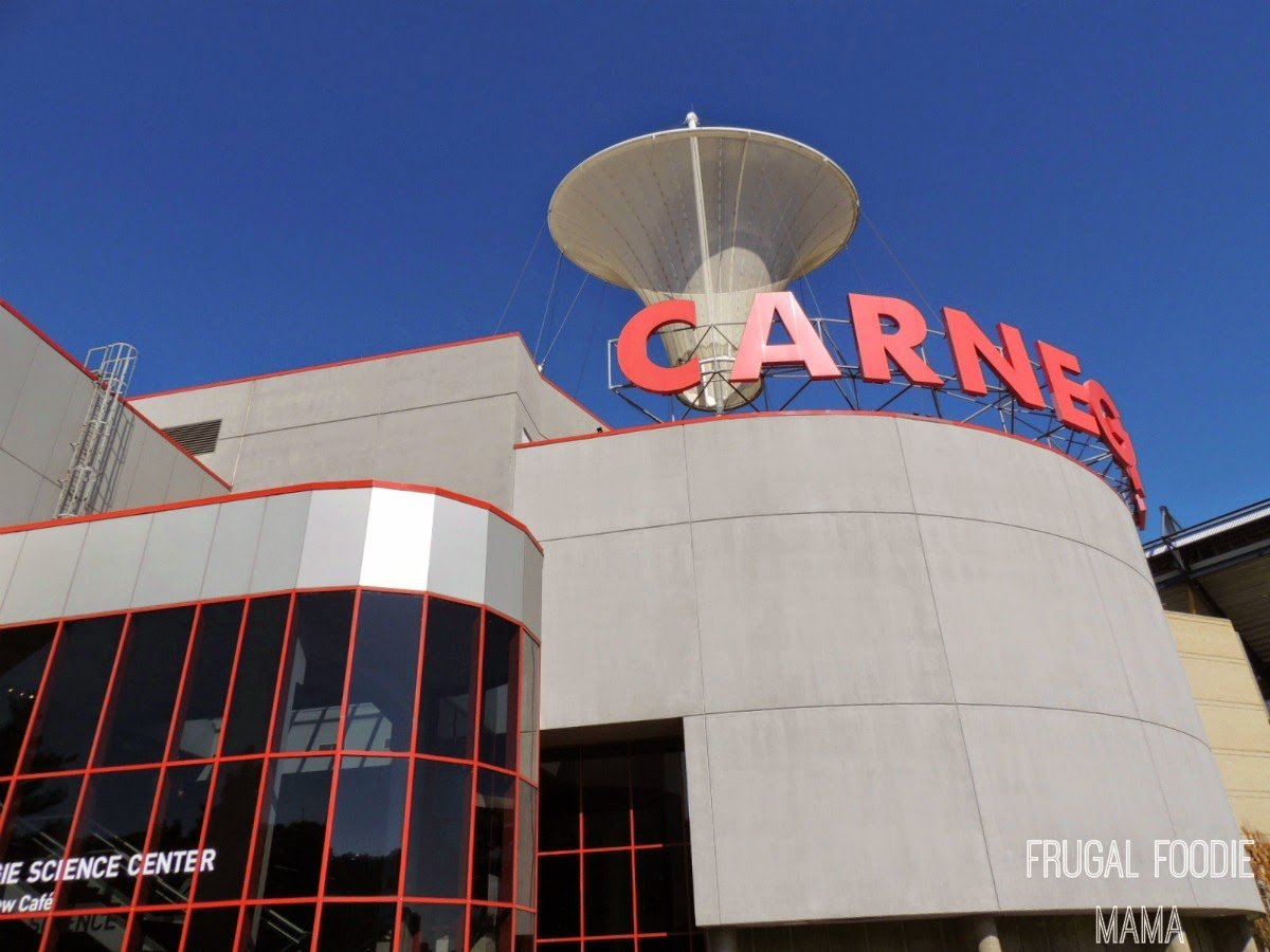 The Carnegie Science Center boasts FIVE floors of exhibits for the entire family! via thefrugalfoodiemama.com #Pittsburgh #familytravel