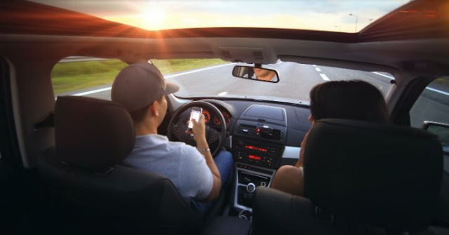 safe driving how to prevent causes car accidents distracted driver
