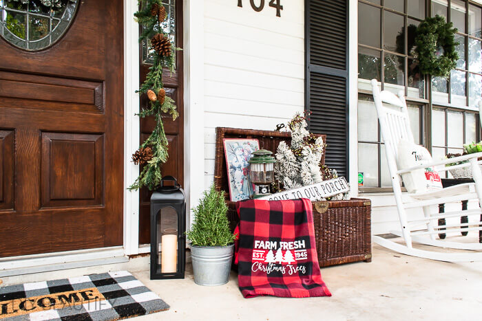 new and vintage Christmas items on front porch