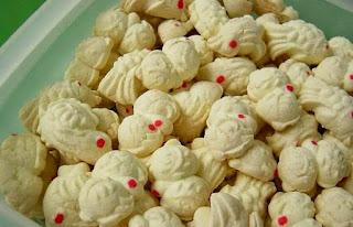 Kue Bangkit Kue Bagea Kenari Kue Tradisional Jajanan Pasar Khas Indonesia