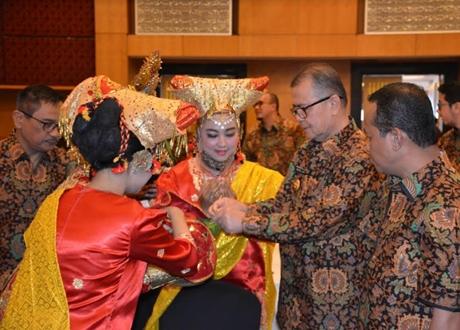 Wagub Nasrul Abit: HIPMI Mesti Dorong Pengusaha Sumbar Profesional