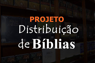 Distribuição de Bíblias