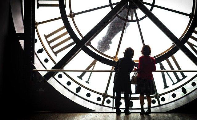 ضبط الساعة البيولوجية للمرأة