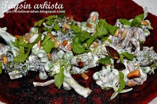 Parsakaali-sienitäyte
