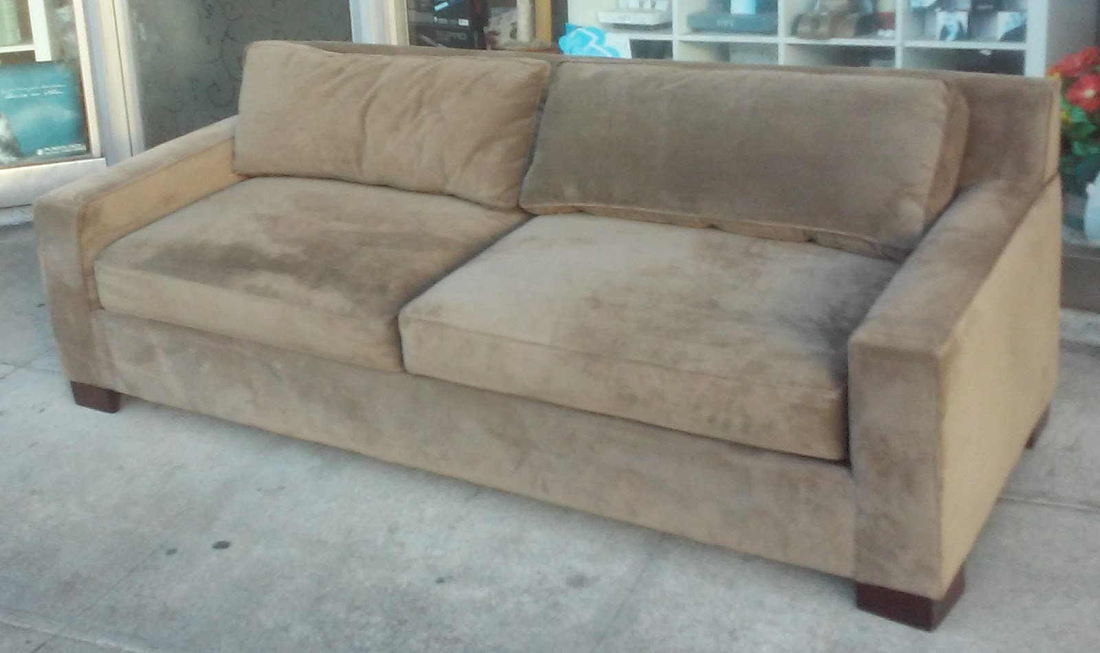 Uhuru furniture collectibles sold reduced west elm for Reduced furniture