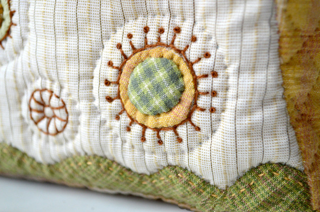 Folding Bag. Patchwork and Quilting. Photo Sewing Tutorial. Step by step DIY.