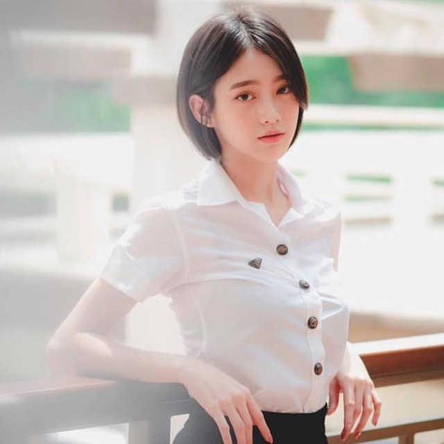 """Nóng bỏng với """"hot girl đồng phục"""" Thái Lan - vừa ngây thơ mà lại gợi cảmNóng bỏng với """"hot girl đồng phục"""" Thái Lan - vừa ngây thơ mà lại gợi cảm"""