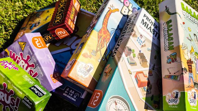 Kieszonkowe gry na wakacje dla 3-latka, 6-latka i 9-latka - Muduko