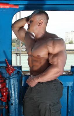 خمس طرق لزيادة مستوى التستستيرون طبيعيا لزيادة الضخامة العضلية