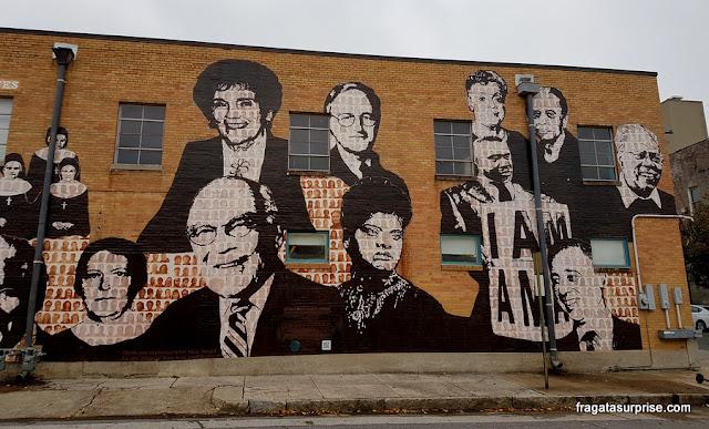 Grafite em uma rua de Memphis lembra a luta contra a segregação racial e pelos Direitos Civis nos EUA
