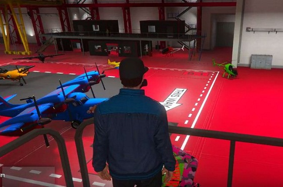 GTA 5, Smuggler's Run, Aircraft Hanger, Store Planes,Store Helicopters