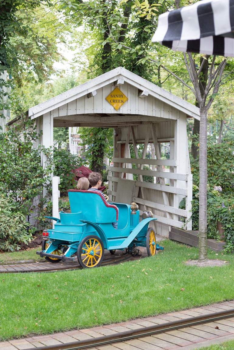 imprescindibles-viajar-copenhague-tivoli-gardens-familia-niños