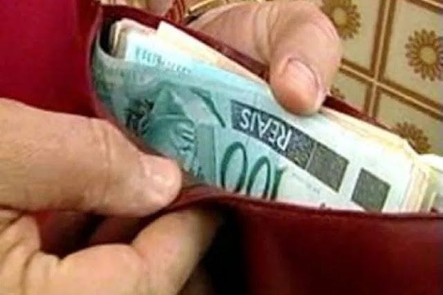 Vereador é suspeito de pagar R$ 100 pra jovem de 13 anos fazer sexo oral; ele pagou com dinheiro falso...
