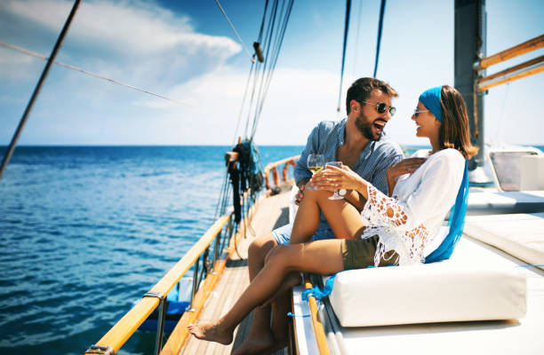 Small Boat Cruises – Some Do's and Don'ts