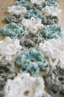 Loopsy Daisy Coverlet and Wrap Free Crochet Pattern by Susan Carlson of Felted Button