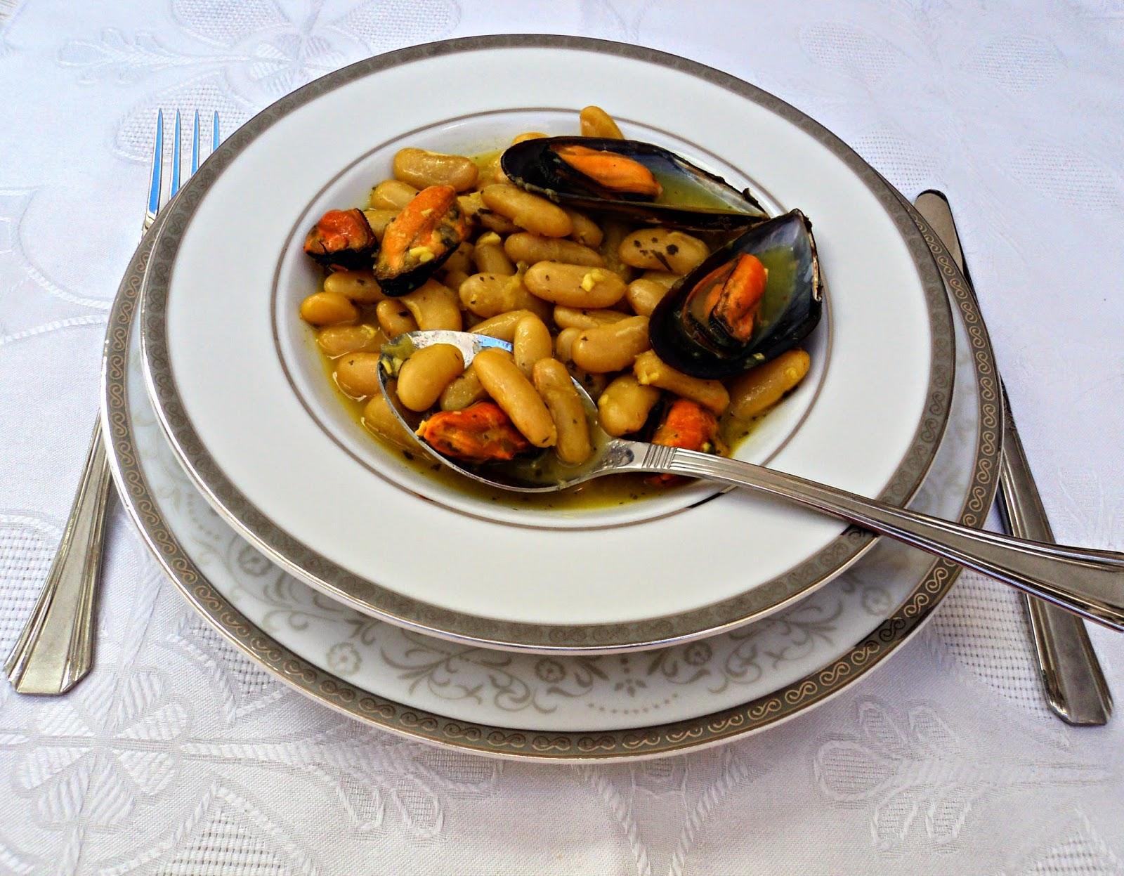 fabas-mejillones-azafran-cubiertos