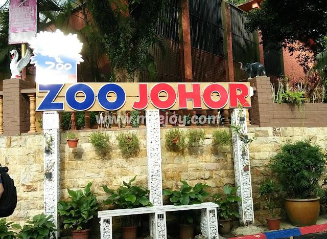 gambar zoo johor
